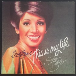 BASSEY Shirley